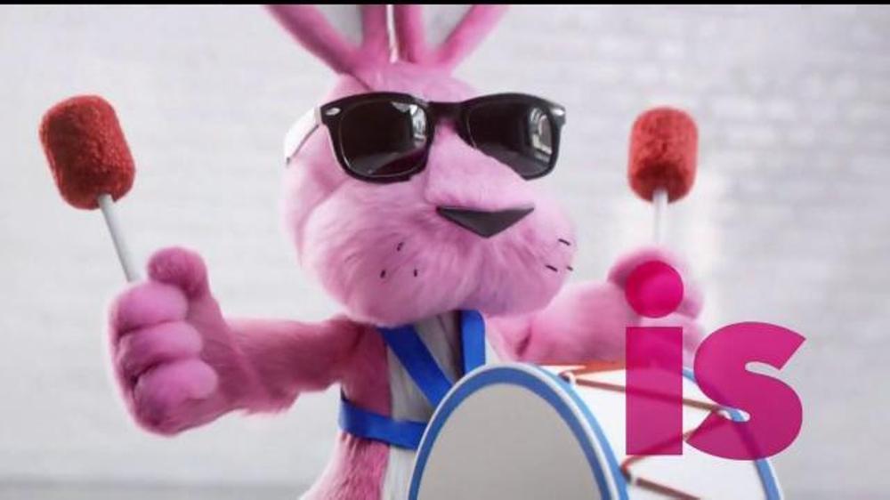 Energizer TV Commercial, 'PowerSuit'