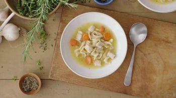 Progresso Soup Chicken Soup TV Spot, 'Chicken Is King'