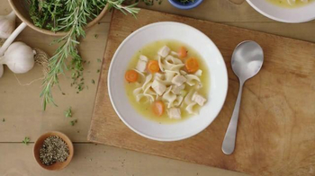 Progresso Soup Chicken Soup TV Spot, 'Chicken Is King'
