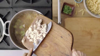 Progresso Soup Chicken Soup TV Spot, 'Chicken Is King' - Thumbnail 3