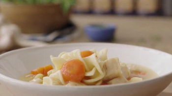 Progresso Soup Chicken Soup TV Spot, 'Chicken Is King' - Thumbnail 5