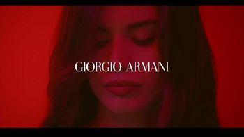 Giorgio Armani Sì Passione TV Spot, 'Aeropuerto' con Sara Sampaio [Spanish] - Thumbnail 1