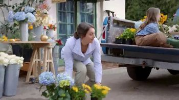 Duluth Trading Company TV Spot, 'Happy Mother's Day' - Thumbnail 8