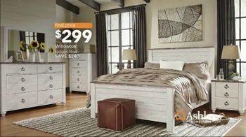 Ashley HomeStore Lowest Prices of the Season TV Spot, 'Sofas and Sectionals' Song by Midnight Riot - Thumbnail 8