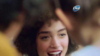 Dial Silk Moisture Body Washes TV Spot, 'Always Ready' - Thumbnail 3