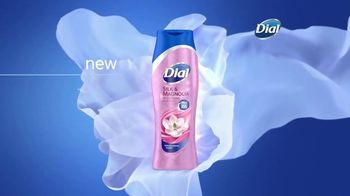 Dial Silk Moisture Body Washes TV Spot, 'Always Ready' - Thumbnail 5