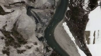 Oris Aquis Date Relief TV Spot, 'Expedition Swim' Featuring Ernst Bromeis - Thumbnail 7