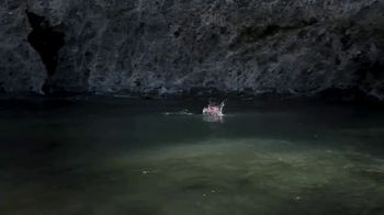 Oris Aquis Date Relief TV Spot, 'Expedition Swim' Featuring Ernst Bromeis - Thumbnail 8