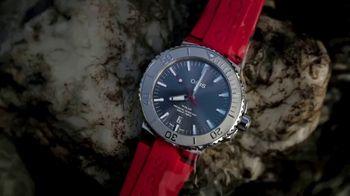 Oris Aquis Date Relief TV Spot, 'Expedition Swim' Featuring Ernst Bromeis - Thumbnail 9