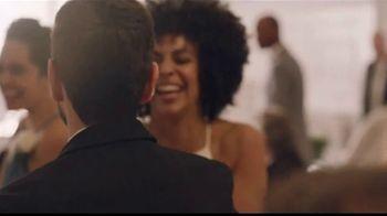 Men's Wearhouse TV Spot, 'Bien por ti' canción de Free [Spanish] - Thumbnail 4