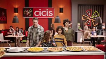 CiCi's Unlimited Pizza Buffet TV Spot, 'Pizza, pizza, pizza' [Spanish] - Thumbnail 4