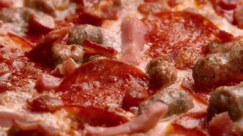 Little Caesars Pizza HOT-N-READY 5-Meat Feast TV Spot, 'Drummer' - Thumbnail 4