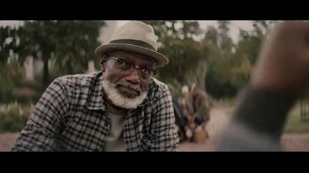 Extra Gum Refreshers TV Spot, 'Max & Bill: New Friends' Song by Jacob Banks