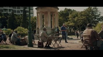 Extra Gum Refreshers TV Spot, 'Max & Bill: New Friends' Song by Jacob Banks - Thumbnail 1