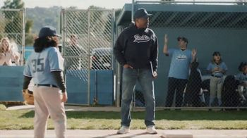 DIRECTV TV Spot, 'Little League: $200 Reward Card' - Thumbnail 2
