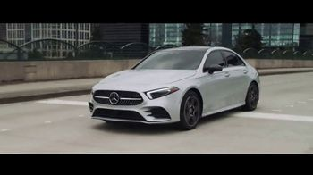 Mercedes-Benz Spring Event TV Spot, 'Welcome to Seattle' [T2] - Thumbnail 8