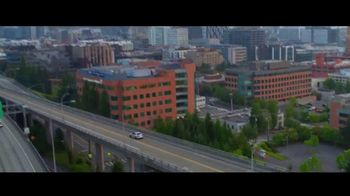 Mercedes-Benz Spring Event TV Spot, 'Welcome to Seattle' [T2] - Thumbnail 9