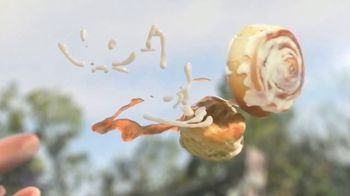 KFC Cinnabon Dessert Biscuits TV Spot, 'Fender Bender' - Thumbnail 6