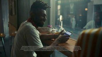 Samsung Galaxy S10 TV Spot, 'El poder de compartir batería' canción de Olly Anna [Spanish]