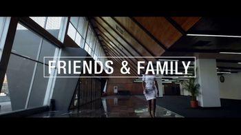 Macy's Friends & Family Sale TV Spot, 'Extra 30 Percent Off' - Thumbnail 2