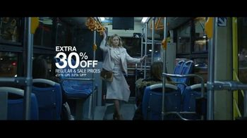 Macy's Friends & Family Sale TV Spot, 'Extra 30 Percent Off' - Thumbnail 3