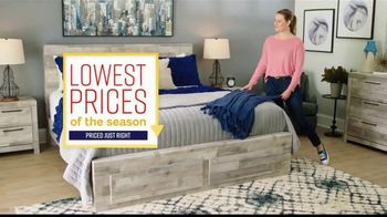 Ashley HomeStore Lowest Prices of the Season TV Spot, 'Camas, sofás y reclinables' canción de Midnight Riot [Spanish] - Thumbnail 2