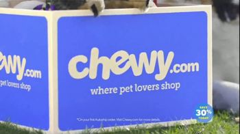 Chewy.com TV Spot, 'Talk in the Park: Chewy's Low Prices' - Thumbnail 4