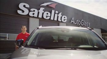 Safelite Auto Glass TV Spot, 'Visiting Home' - Thumbnail 1