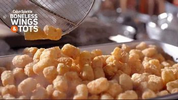 Popeyes Cajun Sparkle Boneless Wings & Tots TV Spot, 'Cajun Sparkle' - Thumbnail 10
