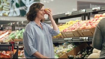 ALDI TV Spot, 'Tricks: Little Salad Bar' - Thumbnail 3
