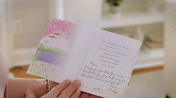 Hallmark Paper Wonder TV Spot, 'Mother's Day: See What a Card Can Do' - Thumbnail 8