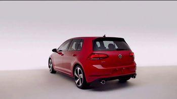 Volkswagen TV Spot, 'Brains & Brawn' [T2] - Thumbnail 4
