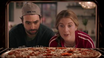 Papa Murphy's XLNY Pizza TV Spot, 'Ginormous: $9' - 70 commercial airings