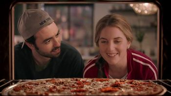 Papa Murphy's XLNY Pizza TV Spot, 'Ginormous: $9' - Thumbnail 4