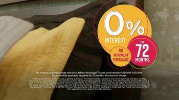 Ashley HomeStore Final Sale & Clearance TV Spot, 'Platform Bed' - Thumbnail 6