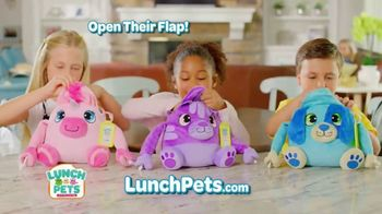 Lunch Pets TV Spot, 'Lunch Box and Cute Plush Combo'