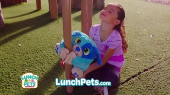 Lunch Pets TV Spot, 'Lunch Box and Cute Plush Combo' - Thumbnail 7