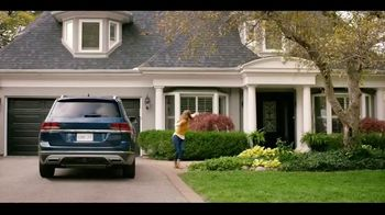 Experian CreditMatch TV Spot, 'Parents' - Thumbnail 1