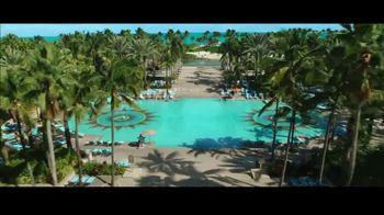 Atlantis TV Spot, 'Unexpected Moments: Save 30 Percent' - Thumbnail 7