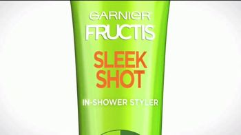 Garnier Fructis Sleek Shot TV Spot, 'Sáltate la plancha' canción de Bruno Mars [Spanish] - Thumbnail 10