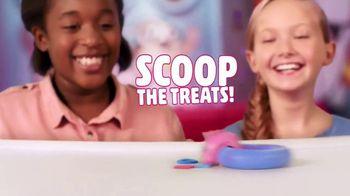 Zoops TV Spot, 'Surprise Party Tricks' - Thumbnail 6