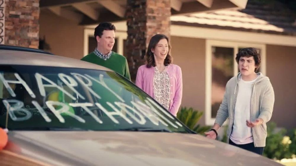 - State Farm TV Commercial, 'Beige Betty' - iSpot.tv