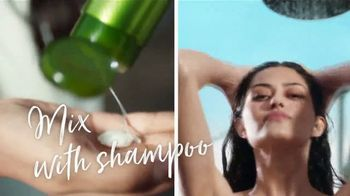 Garnier Fructis Sleek Shot TV Spot, 'Skip the Flat Iron' Song by Mark Ronson, Bruno Mars - Thumbnail 5