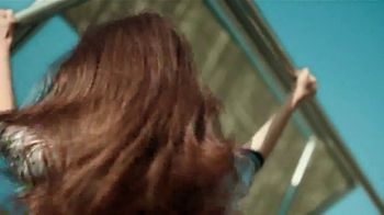 Garnier Fructis Sleek Shot TV Spot, 'Skip the Flat Iron' Song by Mark Ronson, Bruno Mars - Thumbnail 7