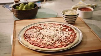 Kraft Mozzarella TV Spot, \'No Added Hormones\'