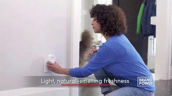 Febreze ONE TV Spot, 'Brand Power: Innovative Air Freshener' - Thumbnail 6