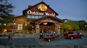 Bass Pro Shops Cabin Fever Sale TV Spot, 'Clothing and Outerwear' - Thumbnail 2