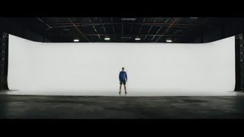 2019 Volvo XC60 TV Spot, 'Jogger' [T1] - Thumbnail 2