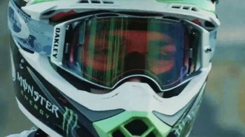 Oakley TV Spot, 'Eyewear and Goggles for Supercross'