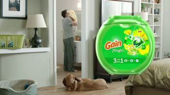 Gain Flings! TV Spot, 'Dog's Towel' - Thumbnail 8
